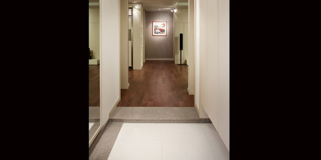 Enterance Hall Floor