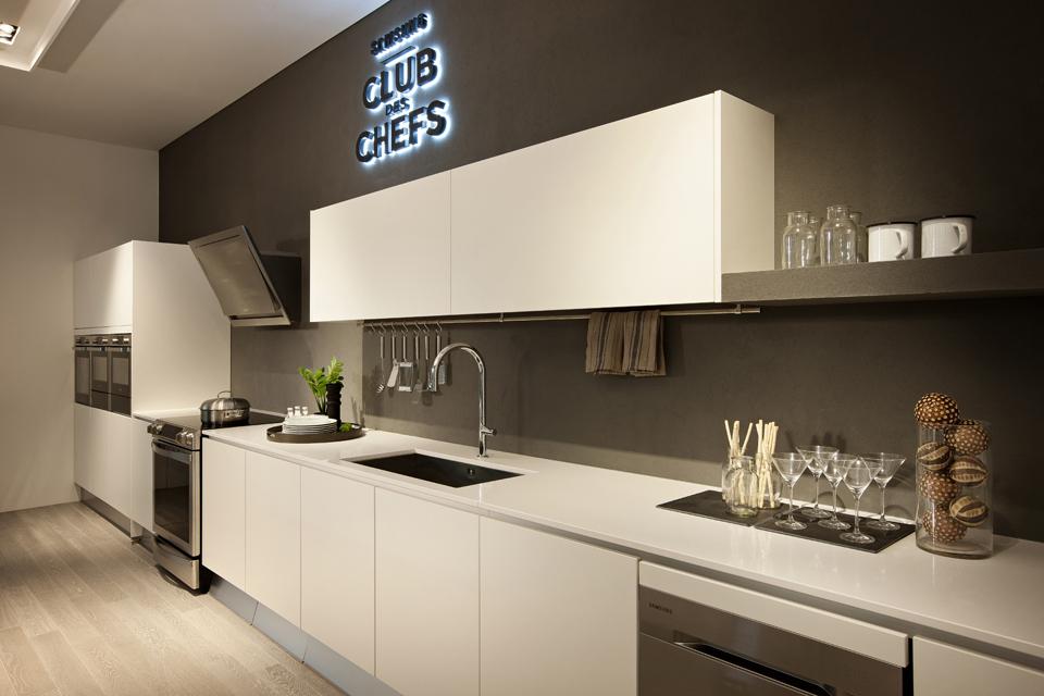 Kitchen Countertop6