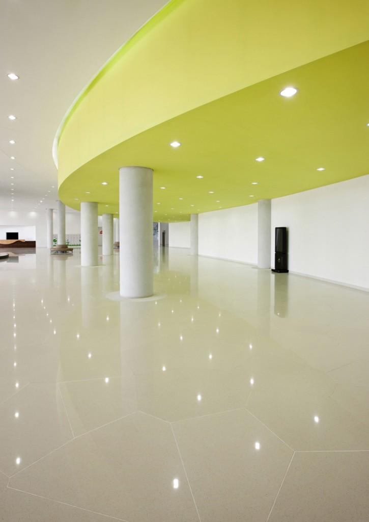 Lobby Floor Stairs1